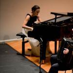 Julia Wolanska-Gajda (Klavier) und Michał Gajda (Akkordeon) aus Polen spielen Paganini Variationen von Witold Lutosławski.