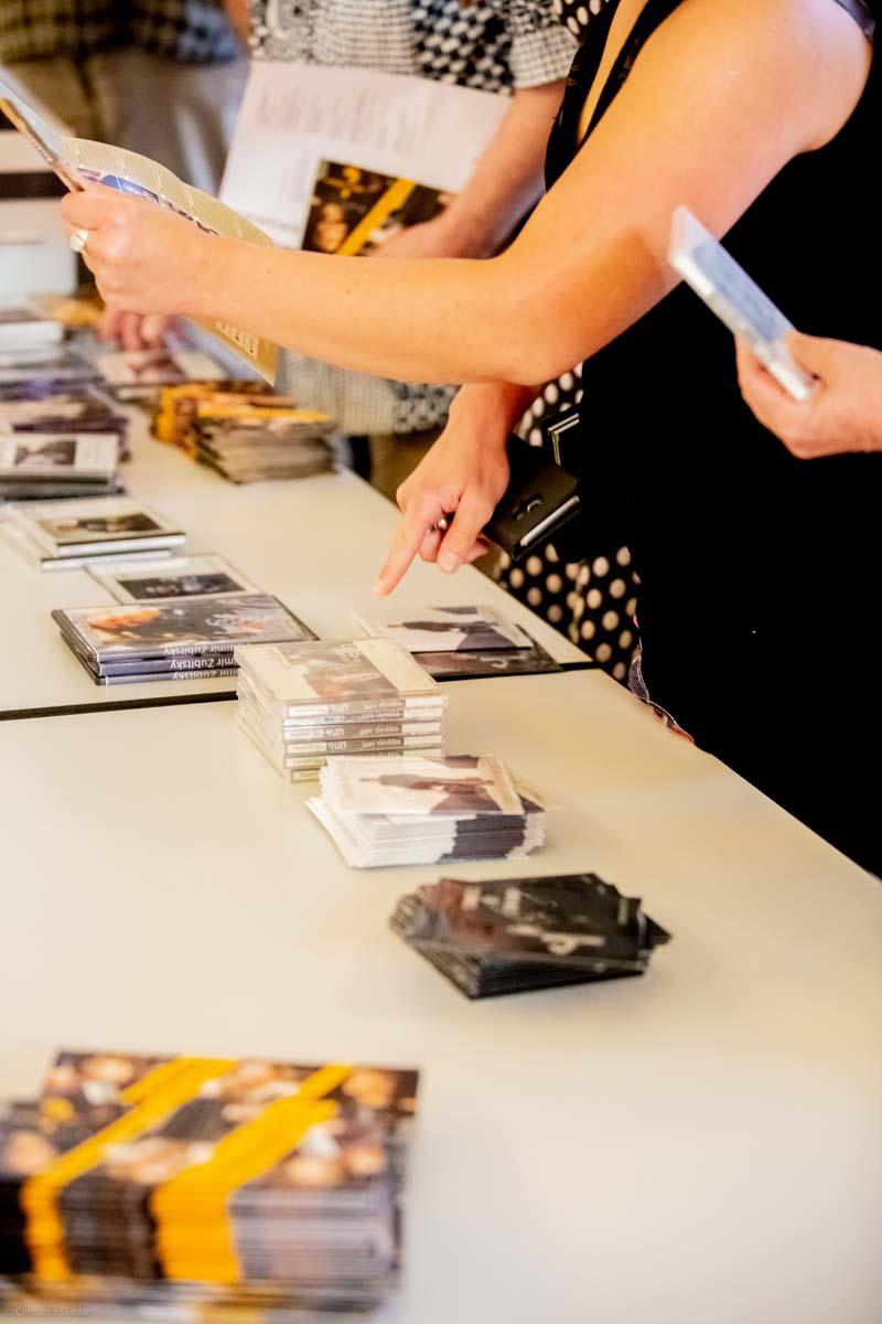 CD-Verkauf in der Konzertpause