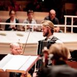 M. Matzke mit Orchester