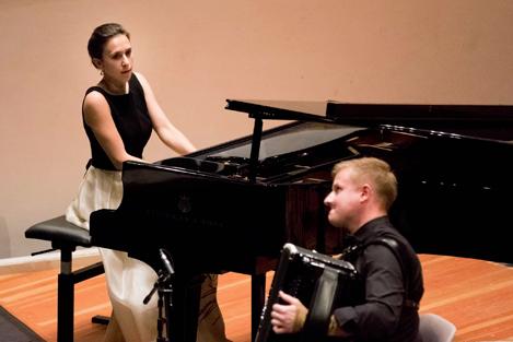 Duo Wolanska-Gajda - Klavier und Akkordeon - aus Polen. Foto: Christoph Soeder
