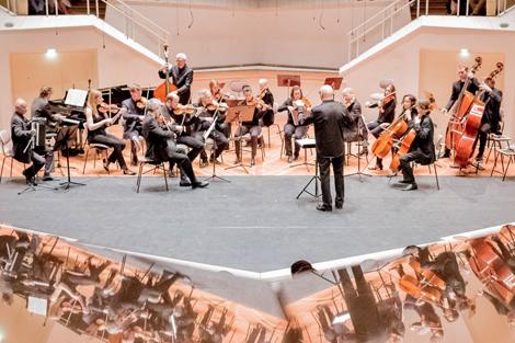 Trio L'art de passage aus Deutschland mit Streichorchester. Foto: Christoph Soeder